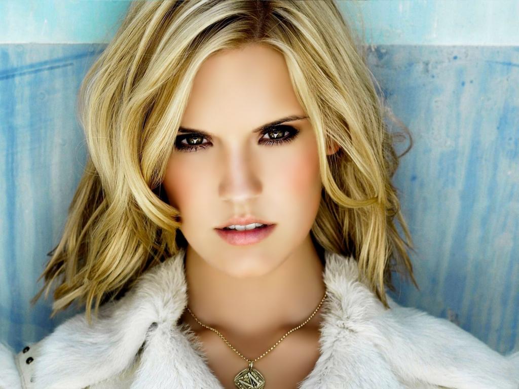 http://4.bp.blogspot.com/--jBE0XOI3_0/Tltfilg8XNI/AAAAAAAAHIA/VQ_CXFJMFR8/s1600/maggie-grace-actress-hd-wallpaper.jpg