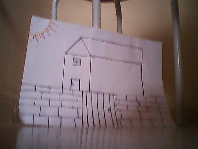 Desenho de casa com muro