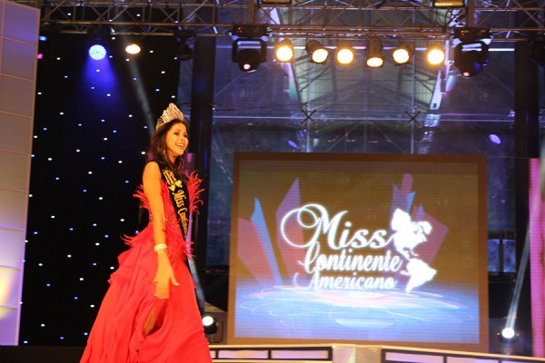 Camila Serakides from Brazil wins Miss Continente Americano 2012