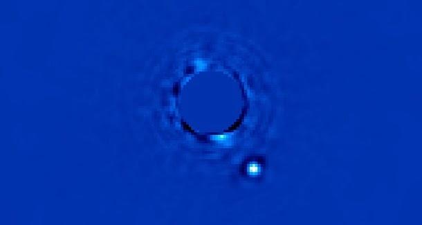 Conheça a primeira foto de um planeta alienígena