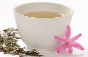 Sólo relajarse junto a una taza de té.