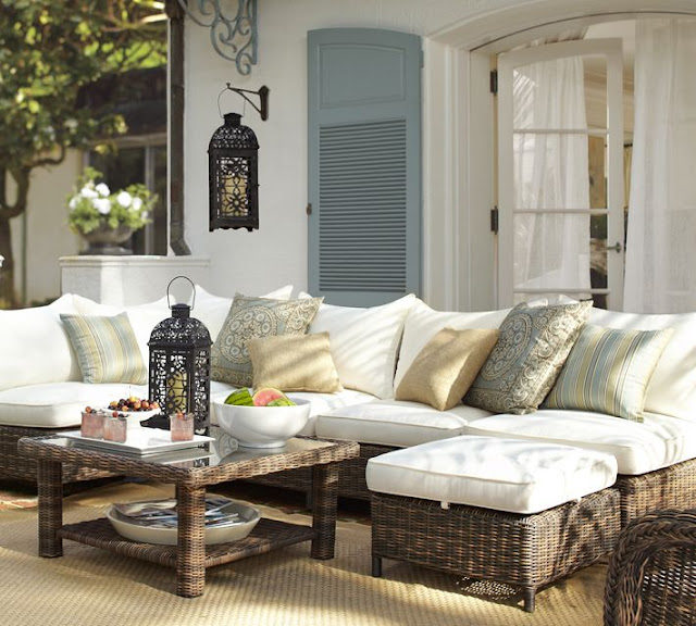 Parkdale ave celebrate spring pottery barn style for Englische sofas