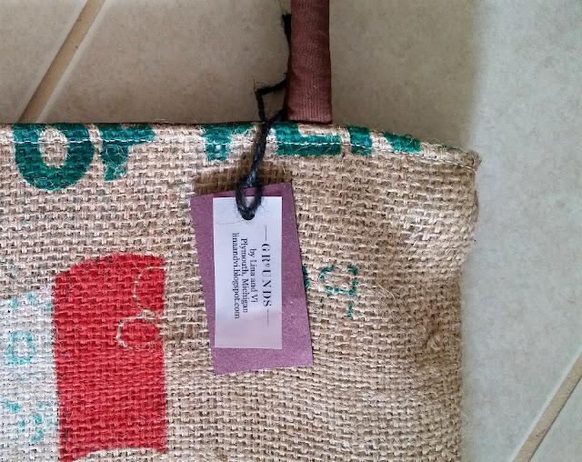 La Florida burlap bag - Lina and Vi - linaandvi.blogspot.com - detail