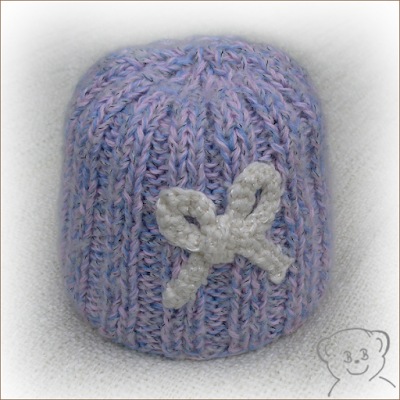 http://de.dawanda.com/product/85072719-baby-muetze-rosa-blau-ku-36---40-cm
