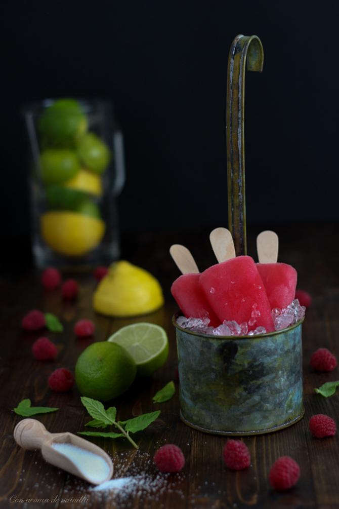 Polos de limonada rosa