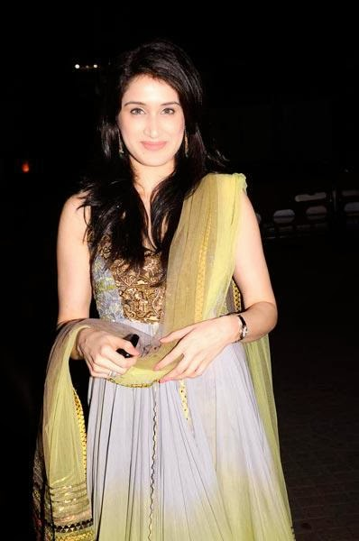 sagarika ghatge wallpapers9