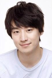 Biodata Lee Je Hoon pemeran tokoh Yi Sun