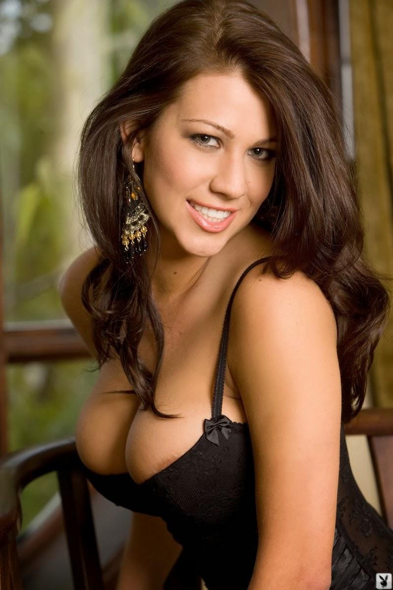 Amanda amateur brunette canada