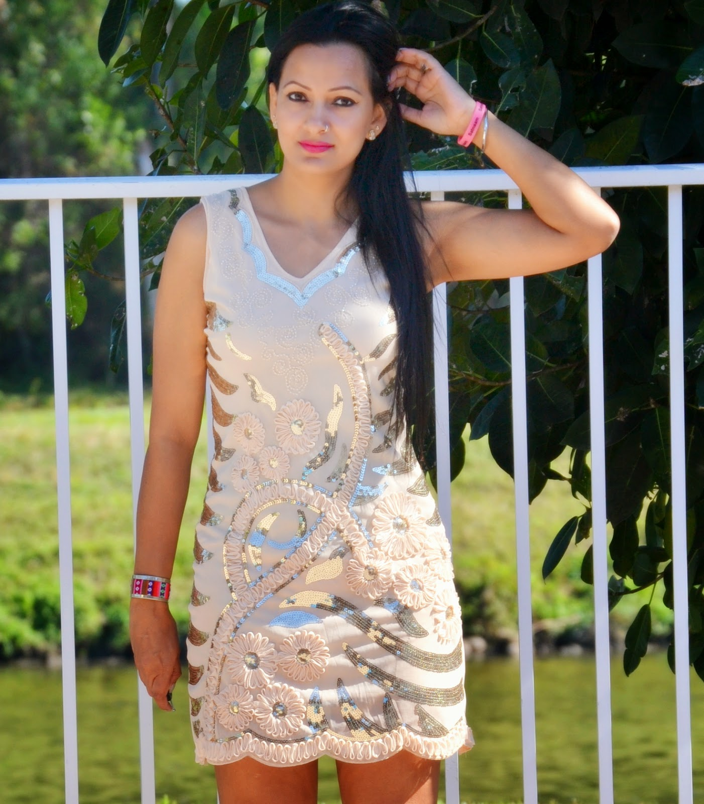 Valentine's Day 2015 Outfit Ideas  sequin tank dress lovelywholesale stud pink shoes romwe www.sandysandhu.co