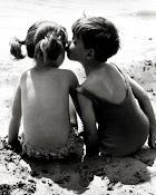 """De todas las mentiras que me has dicho """"Te quiero"""" es mi favorita.."""