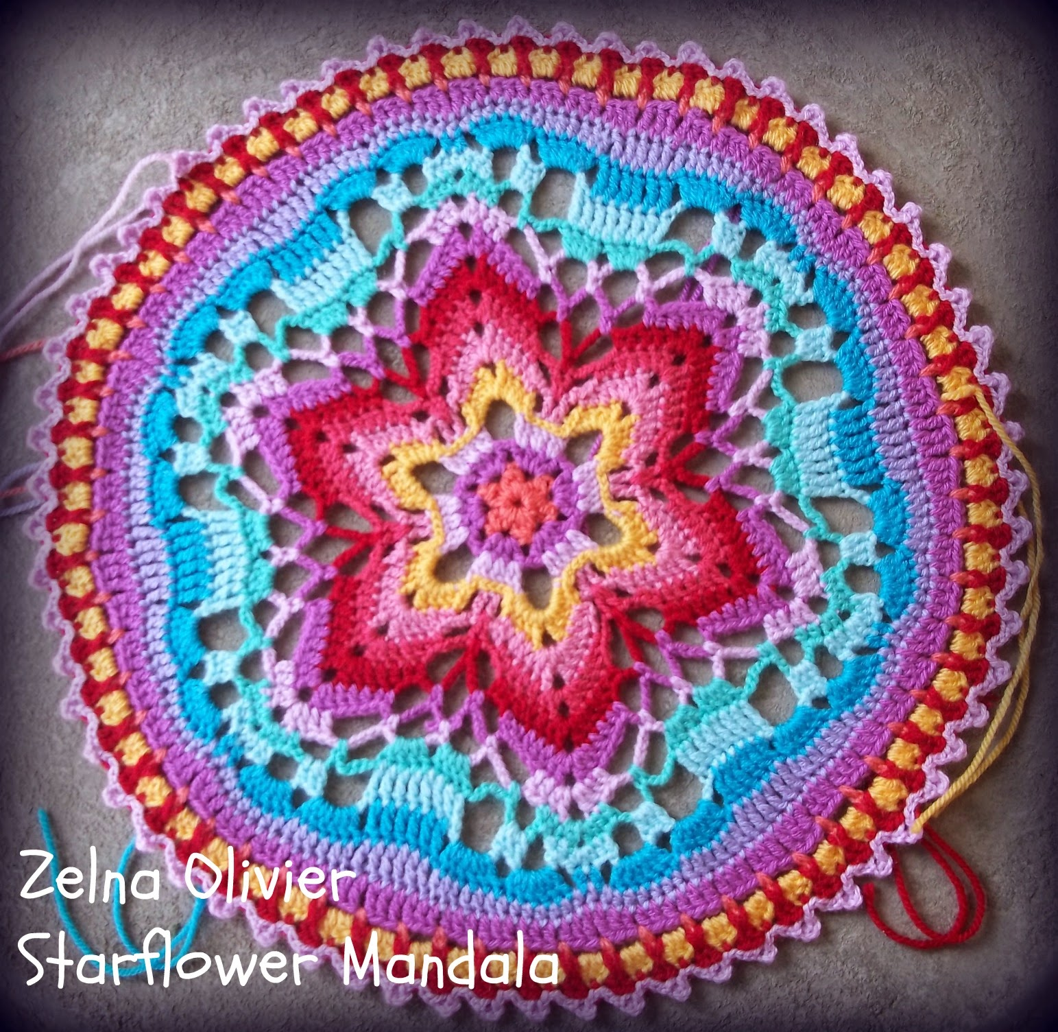 Zooty Owl\'s Crafty Blog: Starflower Mandala: Pattern
