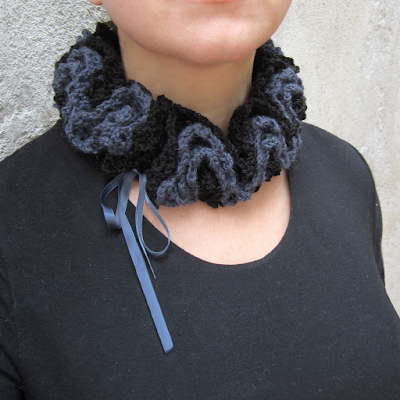 https://www.etsy.com/listing/249222952/crochet-wool-ruche-neck-warmer-choker?ref=shop_home_active_13