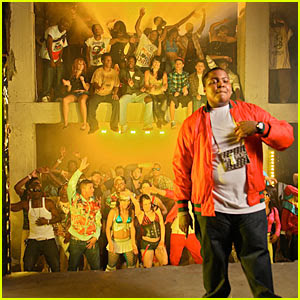 FIRE BURNING By Sean Kingston Somebody Call 911 Shawty Fire Burning On The Dance Floor