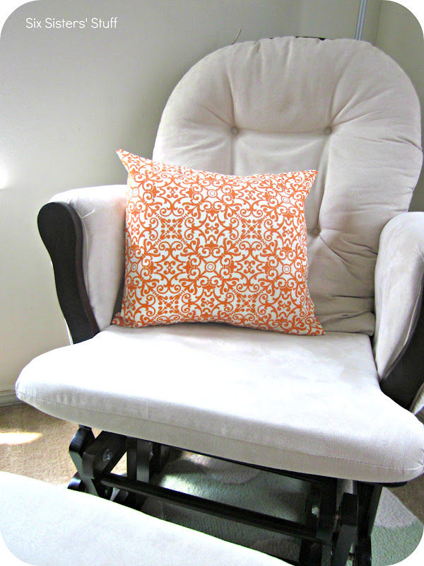 Easy Throw Pillow Cover Pattern : Easy Envelope Pillow Cover Tutorial Six Sisters Stuff