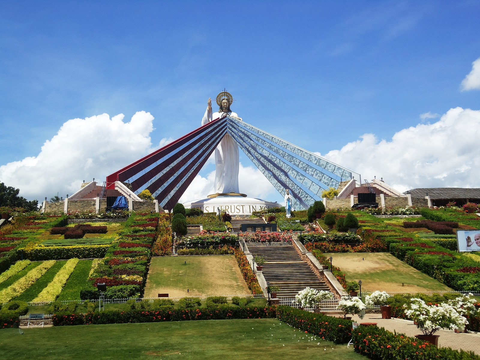 Pinoy Estokwa El Salvador Divine Mercy Hills