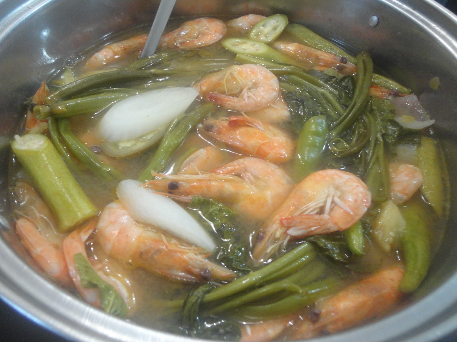 The Dentist Is In The Kitchen Pinoy Classic Sinigang Na Hipon Shrimps In Soured Broth
