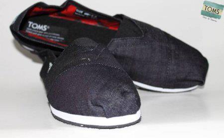 Sepatu Toms TOMS02