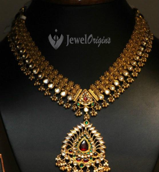 Antique gold kundan necklace jewelorigins indian designer gold 22 carat gold antique finish necklace studded with kundans aloadofball Image collections