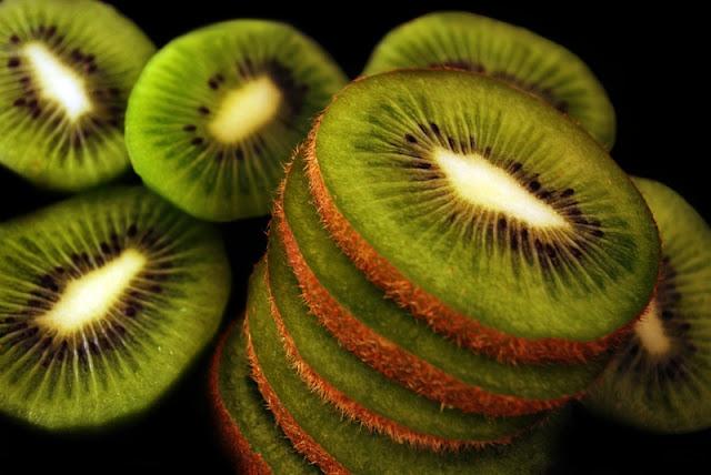 kiwi green nature fruits   wallpaper