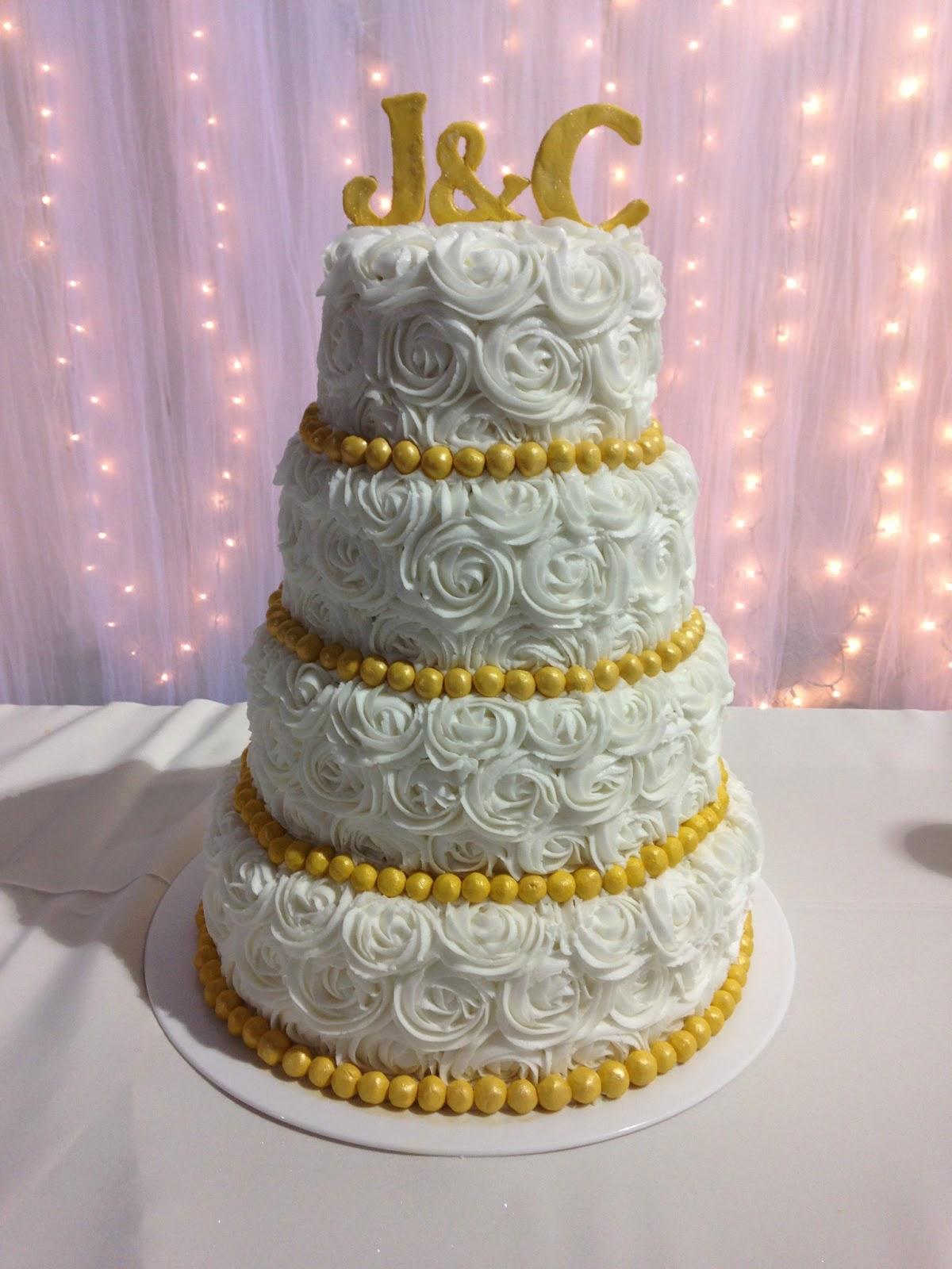 Sarah Jones Cakes Wedding & Grooms Cakes from May 2013