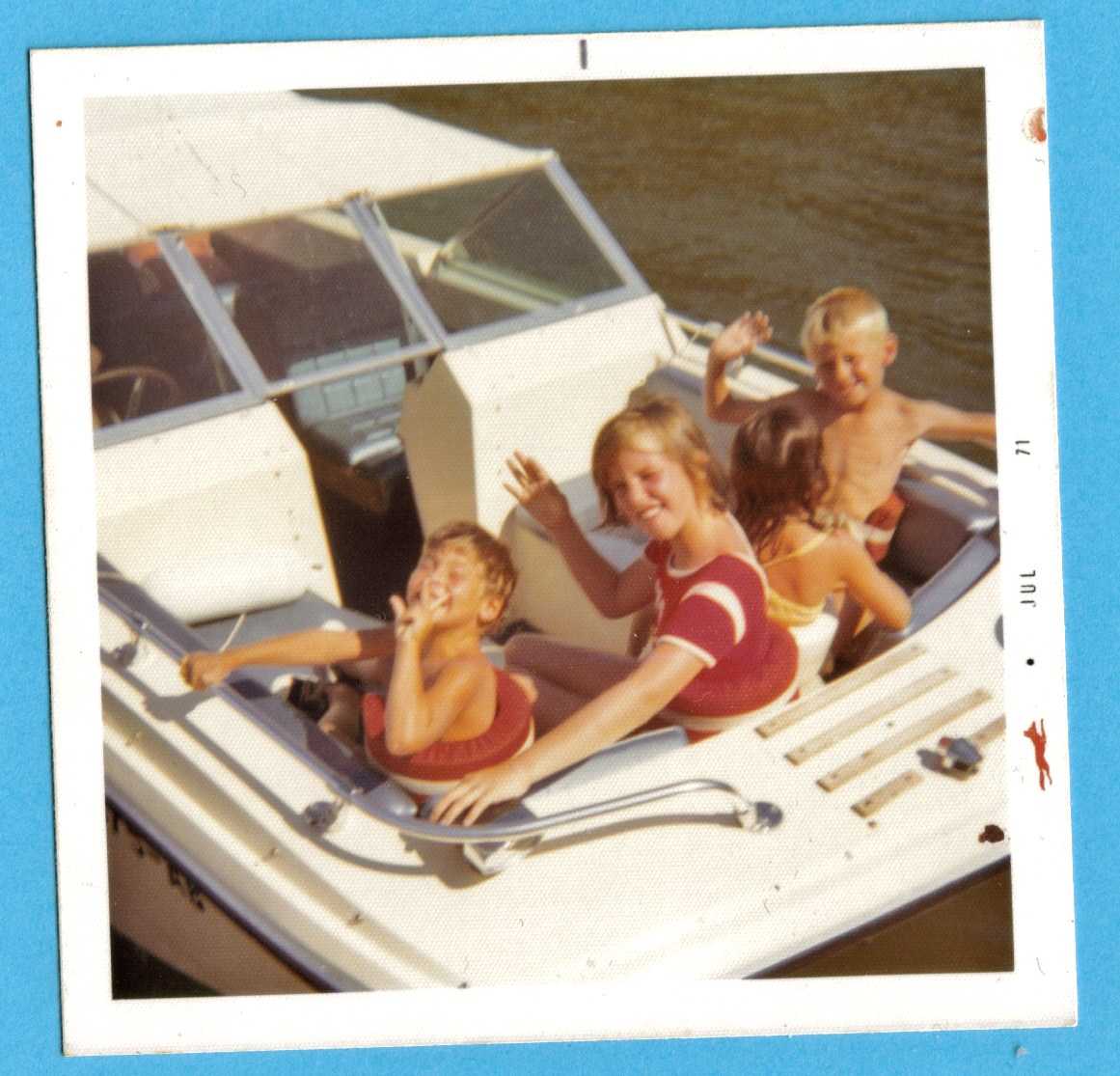 imgsrc.ru little boys on water ski A Long Line of Lake Lovers!!