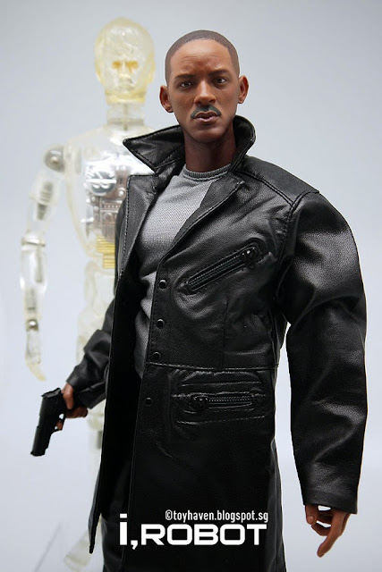 The gallery for --> Will Smith I Robot Body
