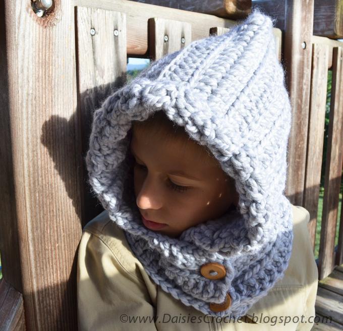 Free Crochet Pattern Toddler Hooded Cowl : Gallery For > Hooded Cowl Pattern