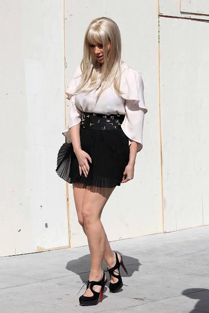 Kim Kardashian New Hot Style
