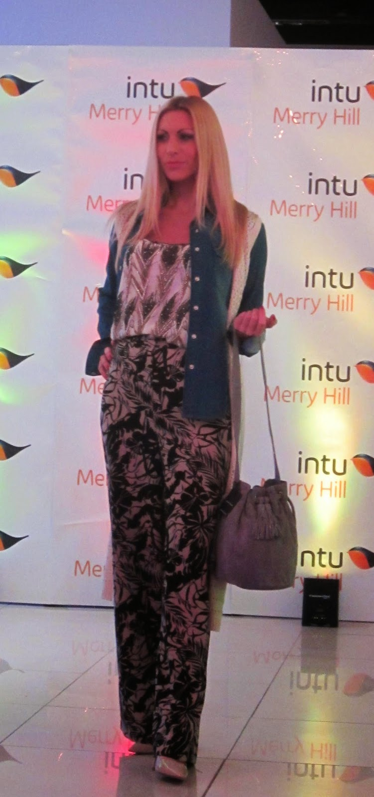Eat, Drink, & Be Merry: Tips From a Local Girl in Florence Bank fashion merry hill contact