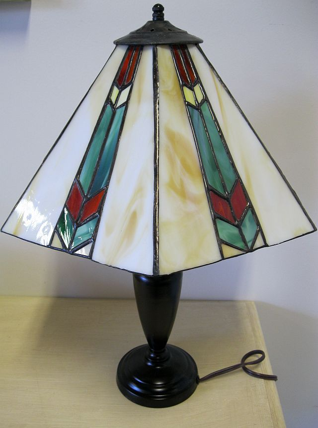 the joyful jewel linda mcwilliams stained glass lamp. Black Bedroom Furniture Sets. Home Design Ideas