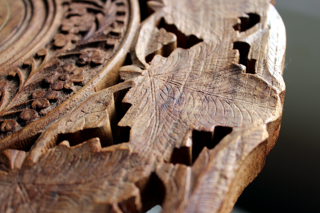 carved wood leaf table india