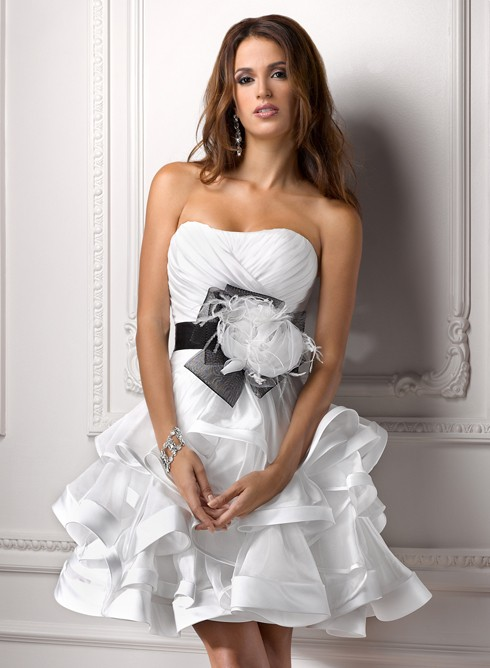 Шикарные свадебные платья короткие
