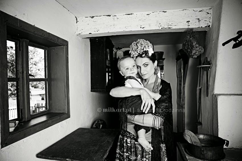 Sesje rodzinne, fotografia dziecięca, zdjęcia noworodków,  fotograf dziecięcy, studio milkart