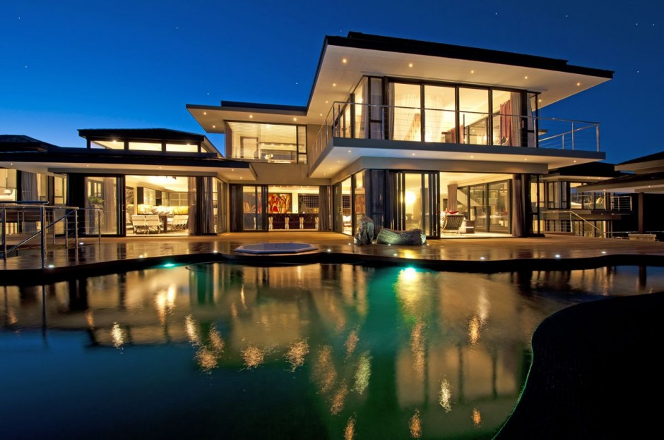 Luxury contemporary and modern south africa house at for Beautiful luxury houses