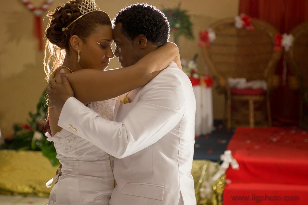 Mariage de Steffy et Manuel: réception, les mariés ouvrent le bal