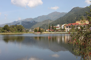 Sapa town (lake & mountain view)