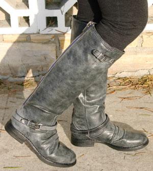 Madden Girl Boots Zoiiee1