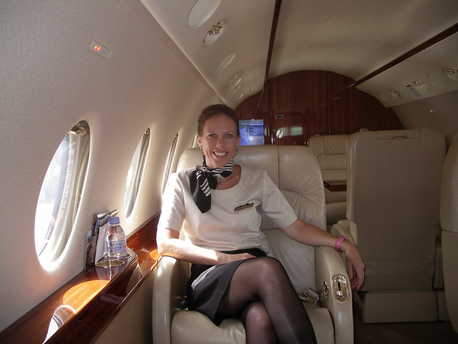 CABIN CREW TRAINING: WHAT IS A PRIVATE OR CORPORATE JET FLIGHT ...