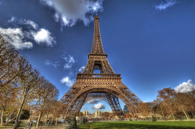 88. Eiffel Tower (Paris, France)