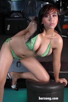 Model Bugil Majalah Dewasa Indonesia Hot dan Seksi