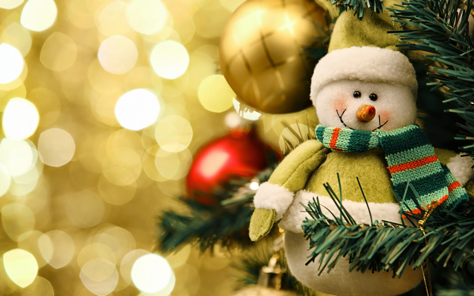 Little-snowman-smiling-beautiful-photo-HD-picture-for-facebook-whatsapp-sharing.jpg