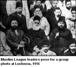 Muslim League Leaders group photo in Lucknow 1916