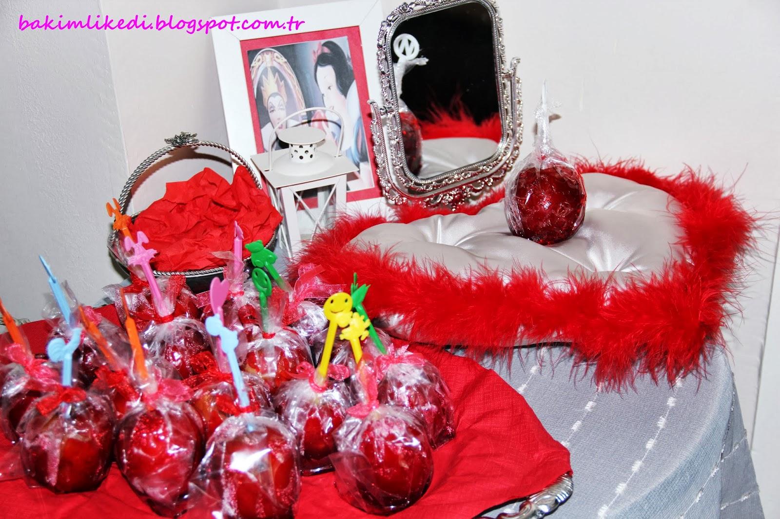 Banu ablam kendi elleriyle, misafirlere hediye edilmek üzere elma