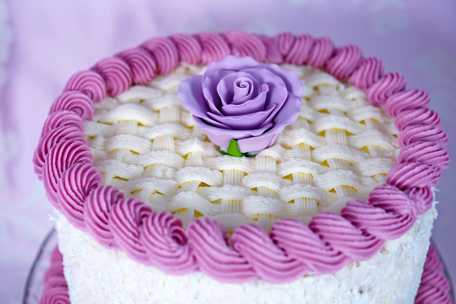 Украшение торта масляным фото