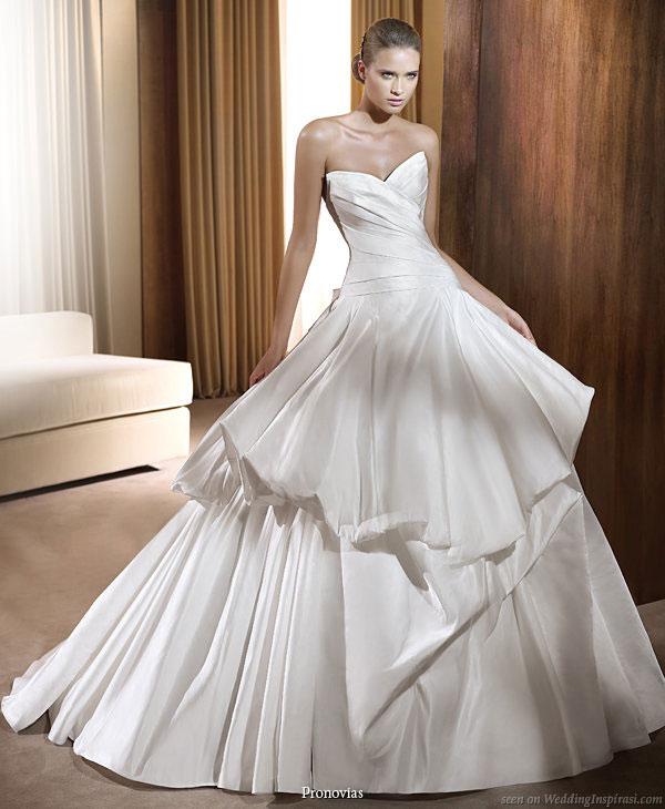 Wedding Dresses With Jewelry : Bridal dresses jewelry accessories world