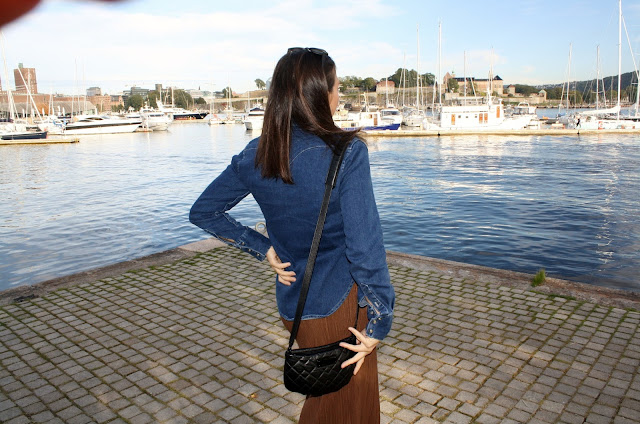 Pleats & denim http://elisiroflife.blogspot.com