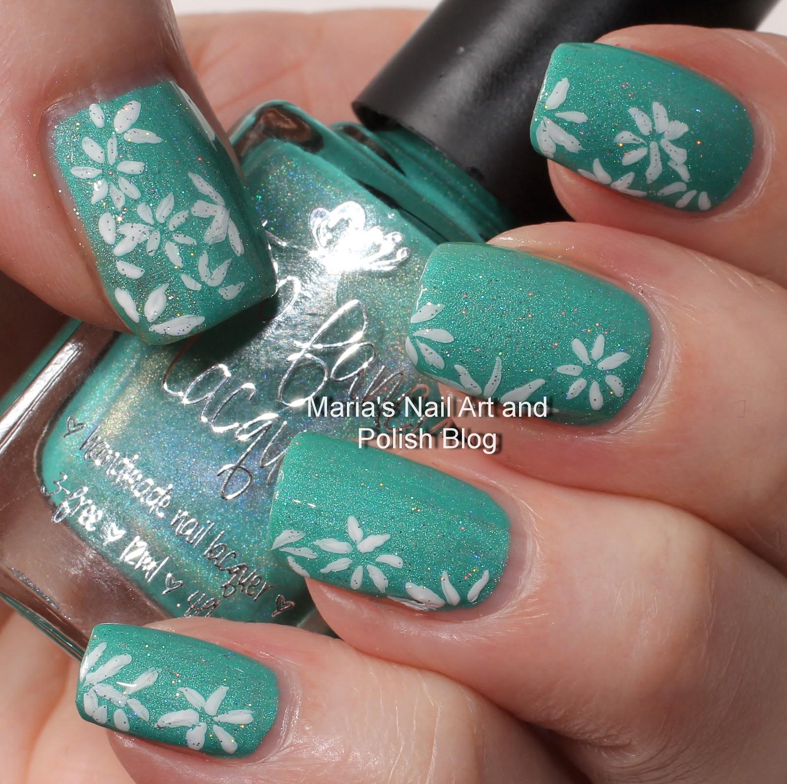 Marias Nail Art and Polish Blog: Daisy nail art