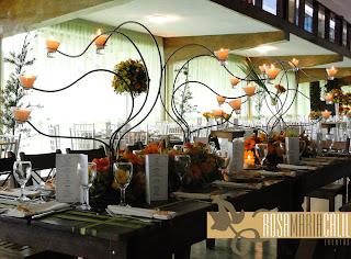 Casamento , mesa madeira , casa de espanha , verde e laranja , velas