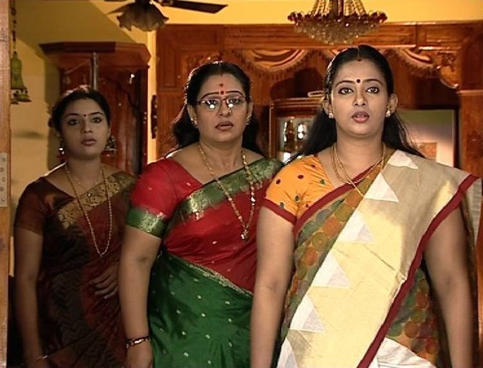 Amma malayalam serial actor names and pictures