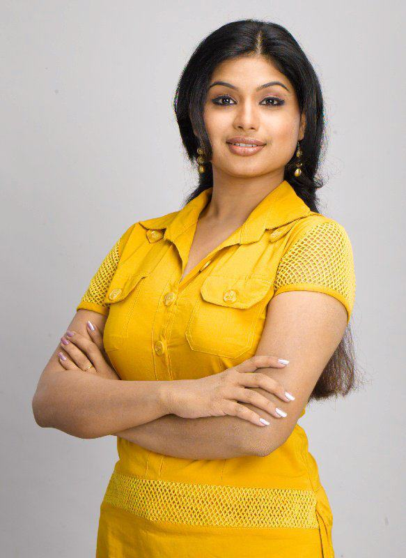 veena nair hot anchor and malayalam serial actressVeena Nair Malayalam Anchor